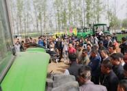 潍坊举办农机科技下乡活动 20余家企业参加