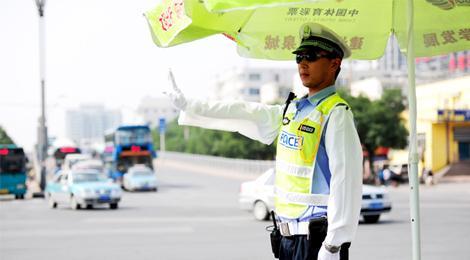 济南再增50条禁停路线 今后100条路上违停罚款200记3分!