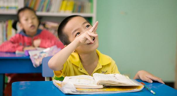 翟鲁宁:推动残疾儿童预防筛查工作立法 减少残疾儿出生量