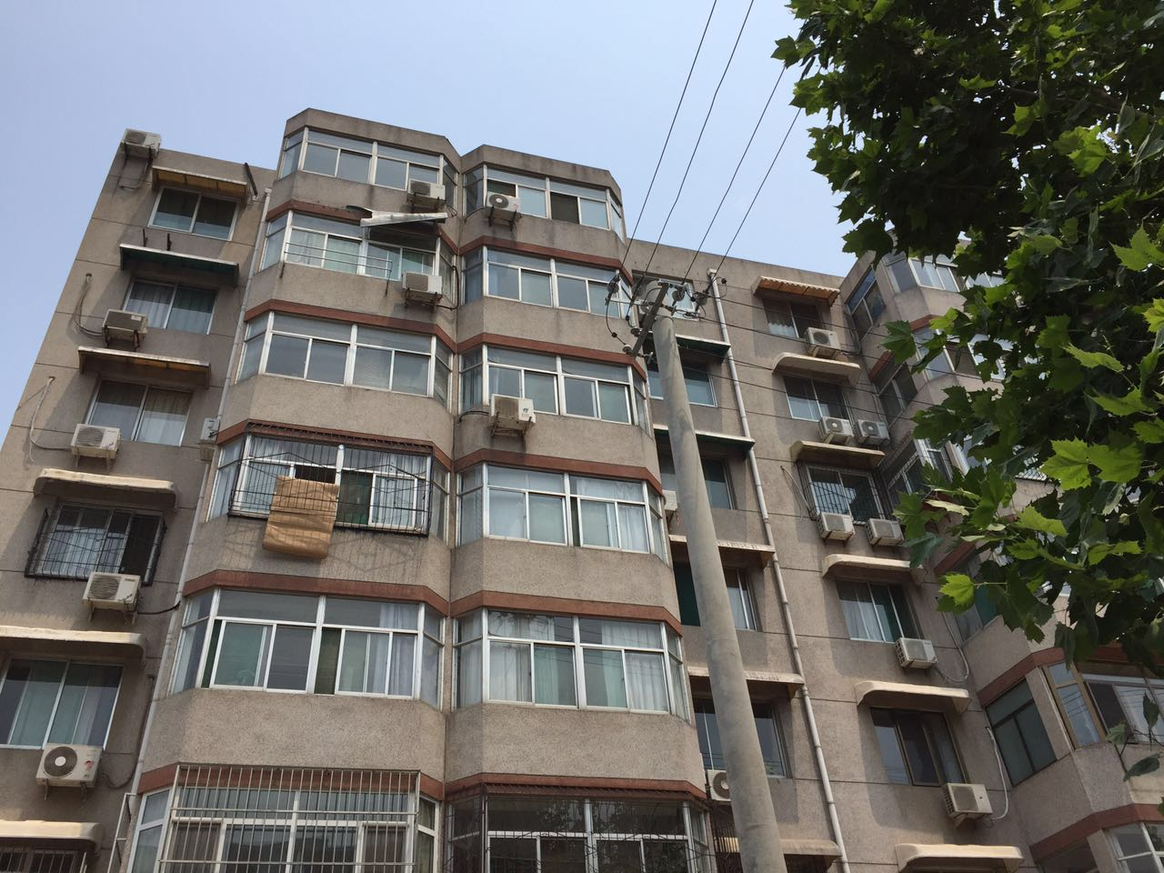特别关注 济南一老楼加装电梯方案出炉 坐等政策落地