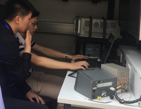 山东:无线电实时监测考场 确保高考顺利进行