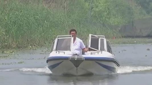"""【身边的优秀党员】张波:微山湖上的""""最美乡医"""""""