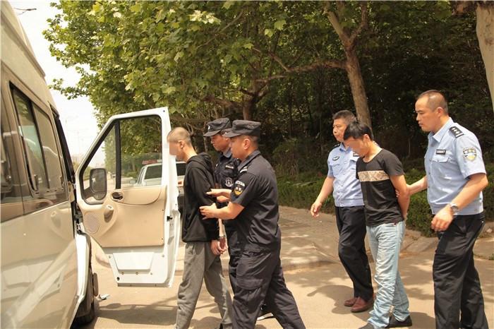 男子微信贩卖公民个人信息被抓 牵出地下交易黑市