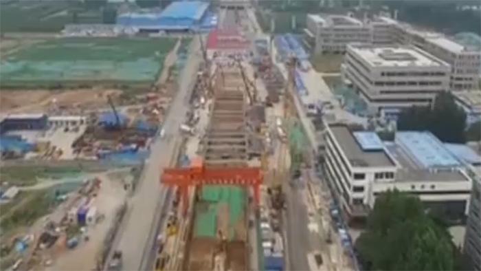 探访济南R1线施工现场:高铁线下穿地铁 160趟车不减速