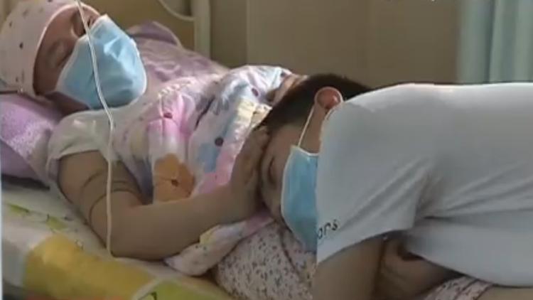 """14岁最美孝心少年为母捐髓:夜里梦见妈妈""""不好""""惊醒"""