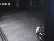 沾化一司机开着宝马偷榴莲 换来拘留又罚款