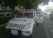 潍坊高新交警在市区禁停路段试行违停自动抓拍车