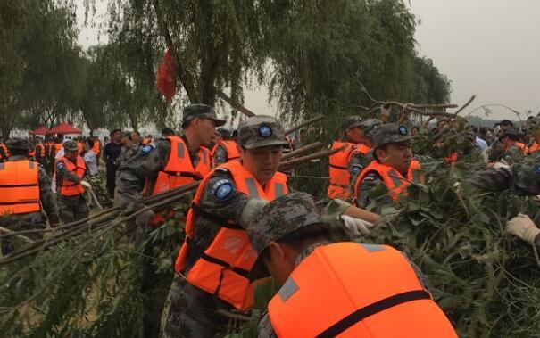 2017年山东省黄河防汛抢险实战演练举行