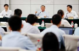 刘家义到山东大学调研并与师生代表座谈交流