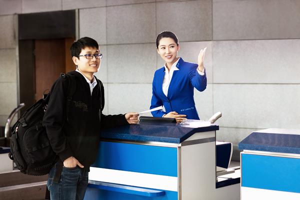 青岛机场全面启动暑运保障 预计发送旅客逾466万人次
