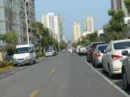 日照荣成路北侧停车位已取消 违停罚200记3分