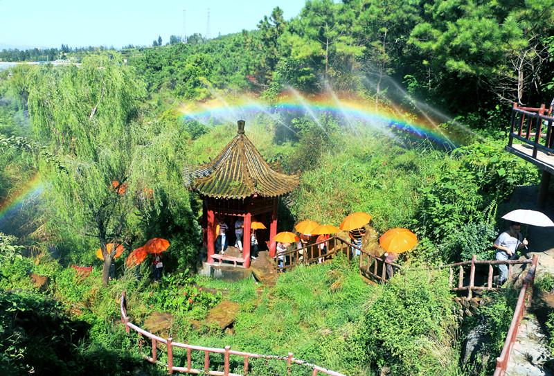 《大牌来了》7月22日走进沂水彩虹谷 邀您开启浪漫之旅
