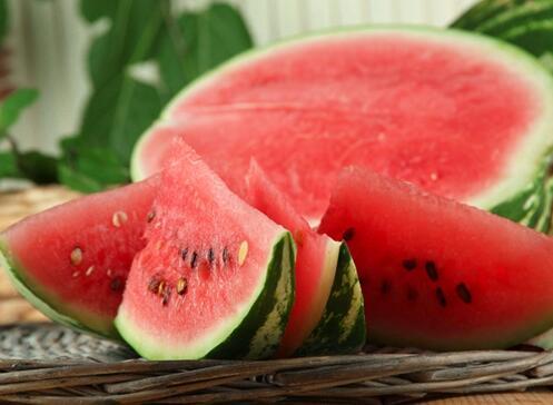 老中医推荐的16种消暑美食 夏天照着吃就对了!