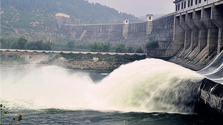 山东同比多蓄水20亿立方米 14座水库开闸泄洪