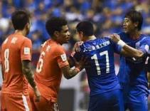 鲁沪足协杯交战往事 1995年泰山队逆袭上海爆冷捧杯