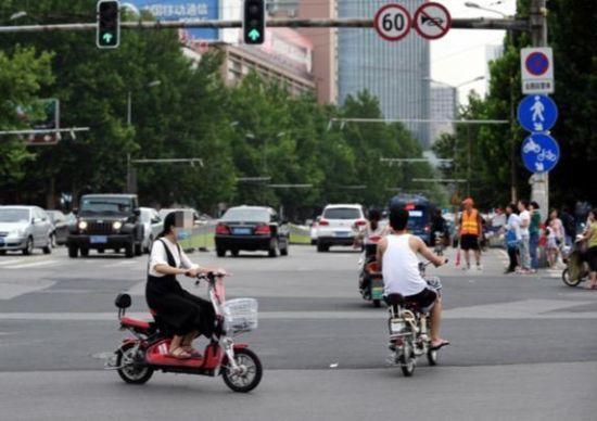 济南实名通报500余起文明单位干部职工交通违法