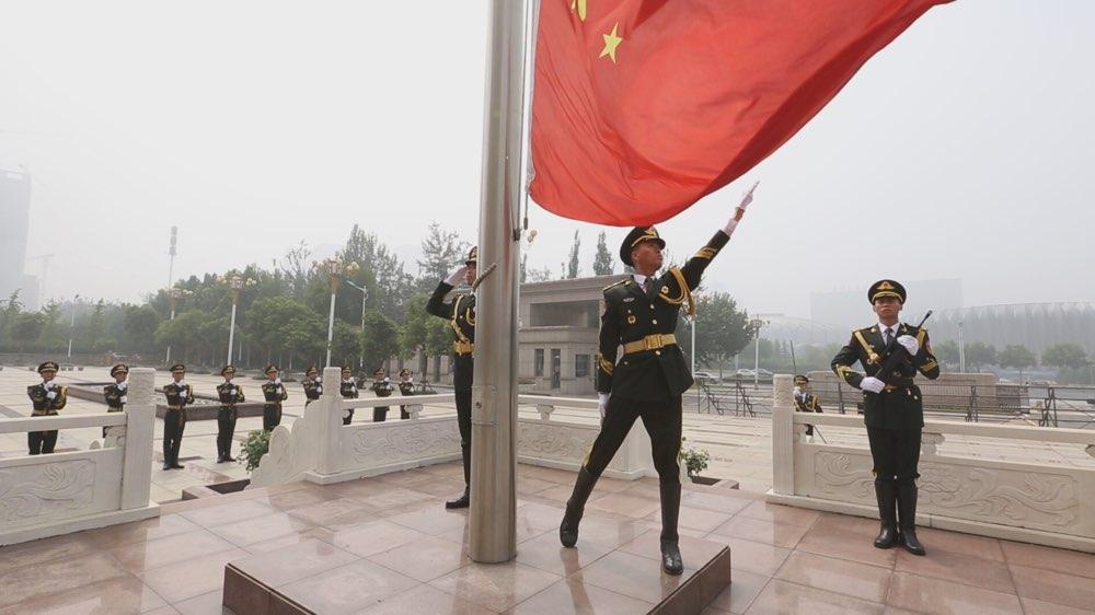 省军区组织庆祝建军90周年升旗仪式
