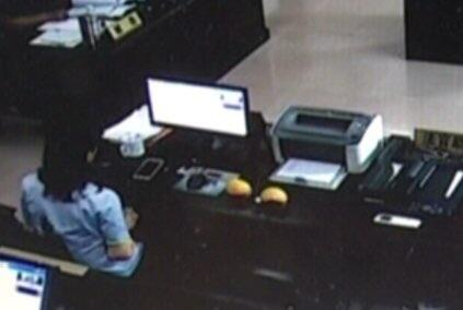淄博:庭审现场男子向被告扔俩鸡蛋 扰乱法庭被拘留