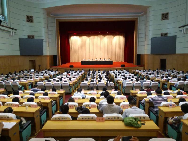 齐鲁工业大学党委书记王英龙:打响两个品牌 为建设一流大学砥砺前行