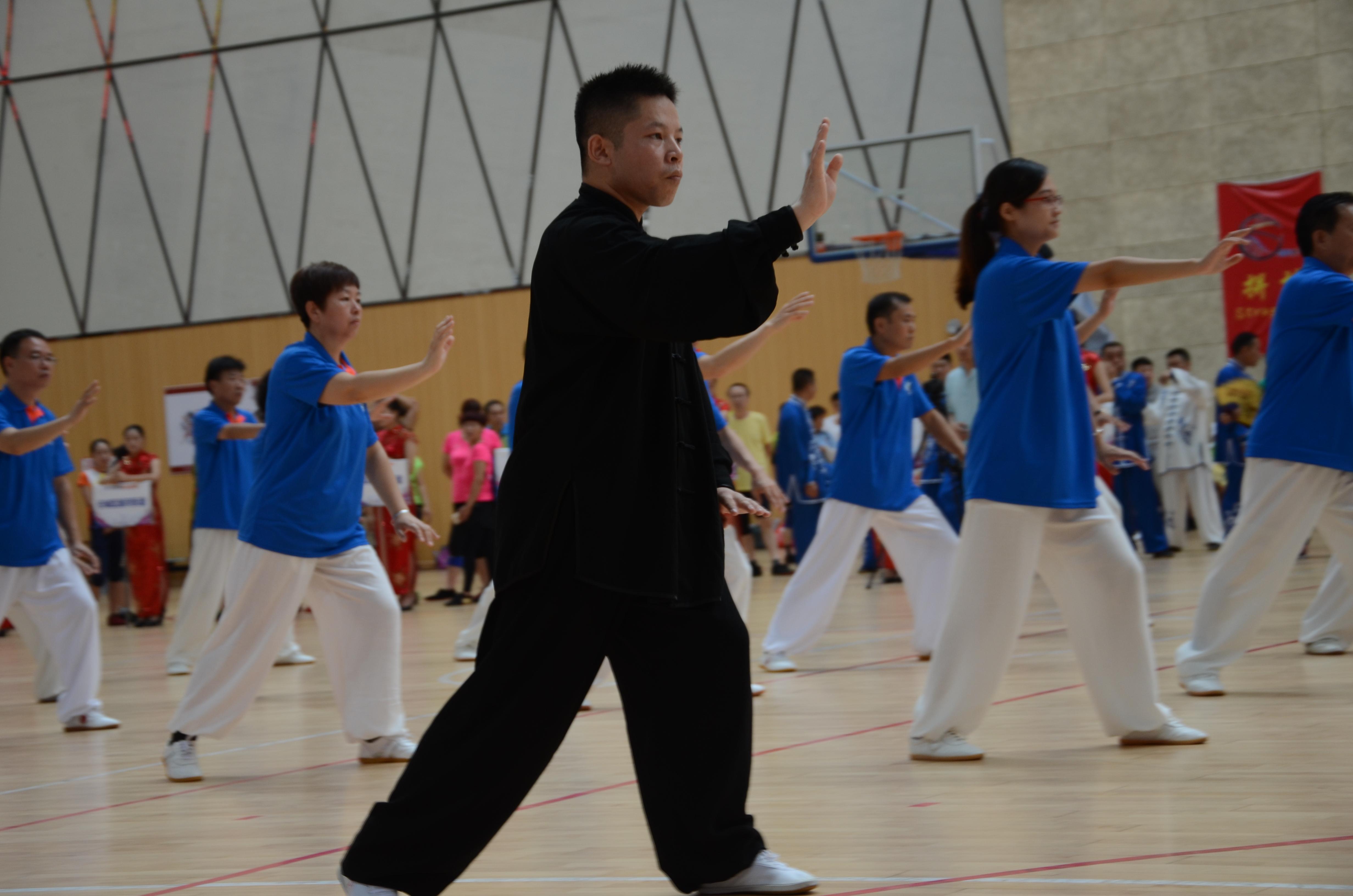 济宁市第七届全民健身运动会开幕 全民健身融入传统体育元素