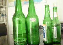 琐事引发冲突 济宁一馄饨店里两拨人拿啤酒瓶互砸