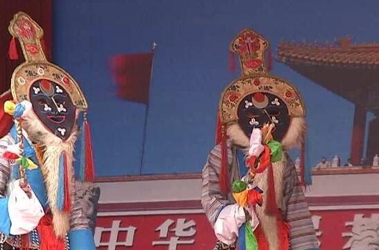 第十五届珠峰文化旅游节:三大藏戏展演传承雪域文化