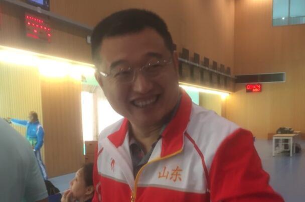 """七届全运""""老枪""""谭宗亮顺利晋级男子50米手枪决赛"""