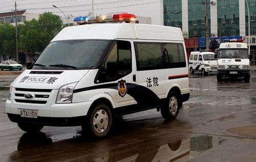 """枣庄拘留826名""""老赖""""  13人拒不执行被追刑责"""