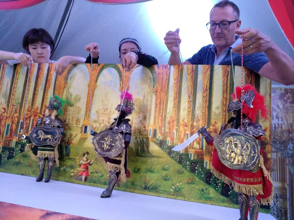 青岛首届德国文化周开幕经典格林童话剧免费观看