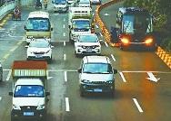路上明明已没车为何还要等红灯?济南交警回应信号灯常见问题