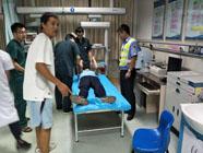 滨州开发区交警路遇癫痫病人 危难之时民警相助