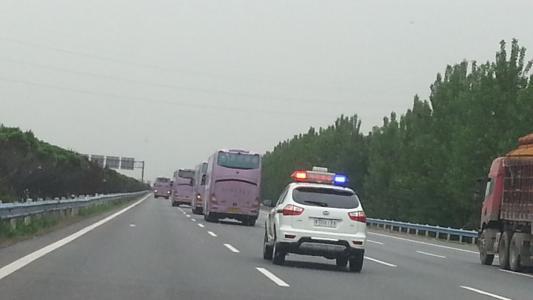 淄博大胆酒司机开未年检车上高速被记15分罚1200元