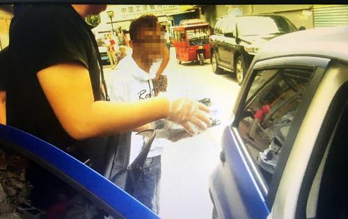 快递收件人不实名 淄博张店警方抓获13名贩毒团伙