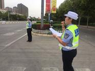 """斑马线也是文明线!滨州交警开展""""礼让斑马线""""执法直播"""