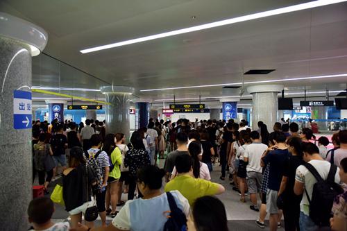 探亲叠加出游热!青岛地铁黄金周运送旅客148万人次