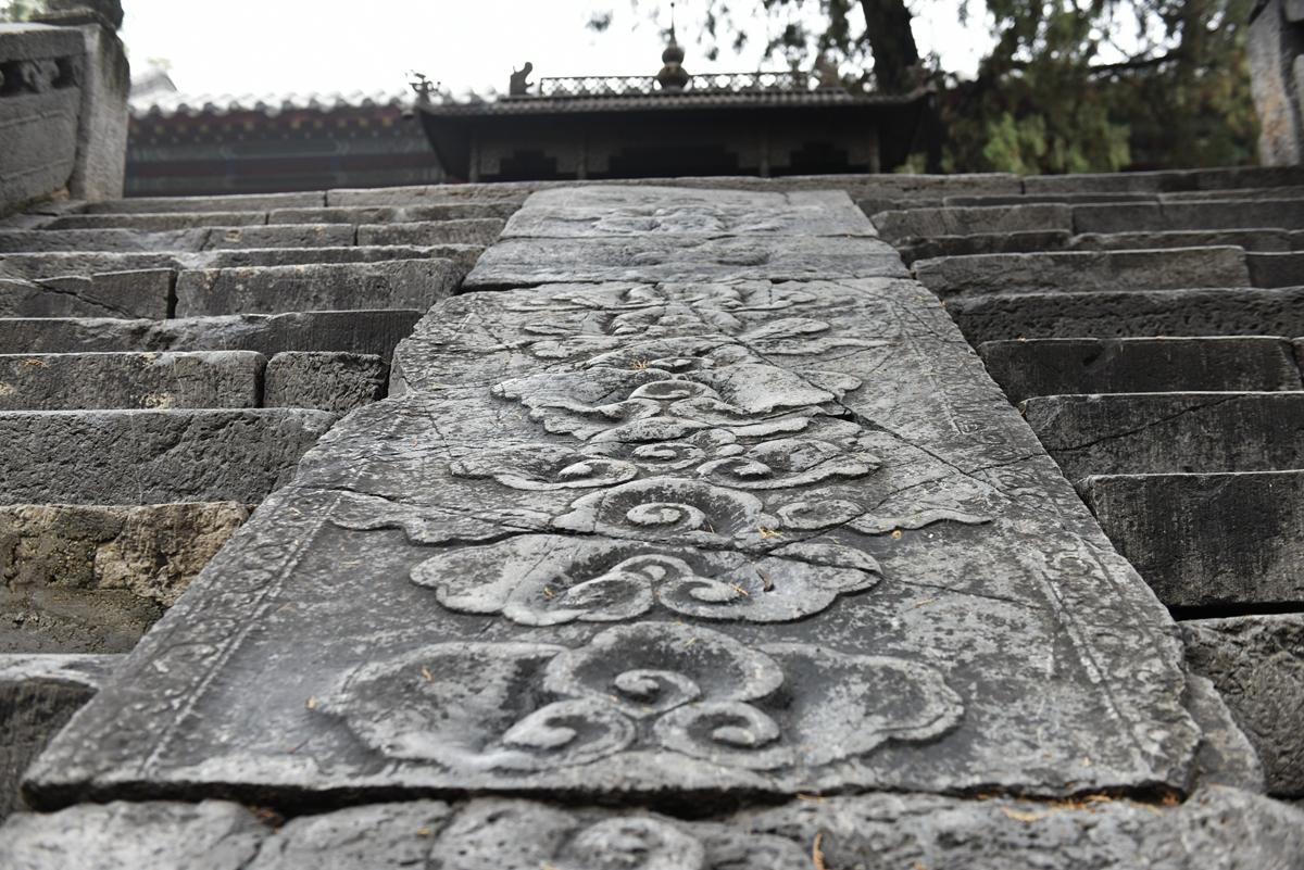 探访济南最大古建筑群华阳宫 三层古壁画神秘久远