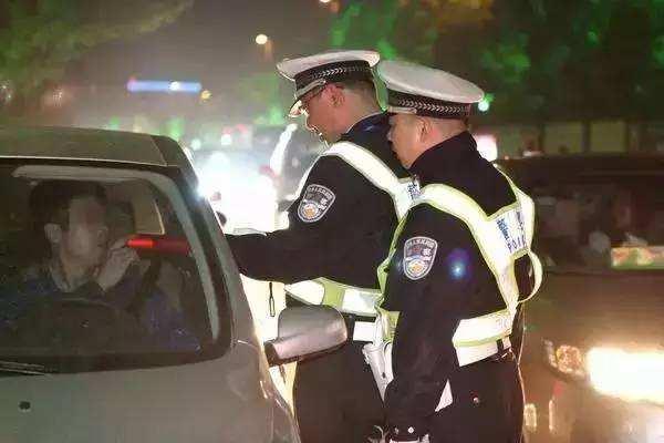 淄博交警公布第10批驾驶证作废公告 18人终生禁驾