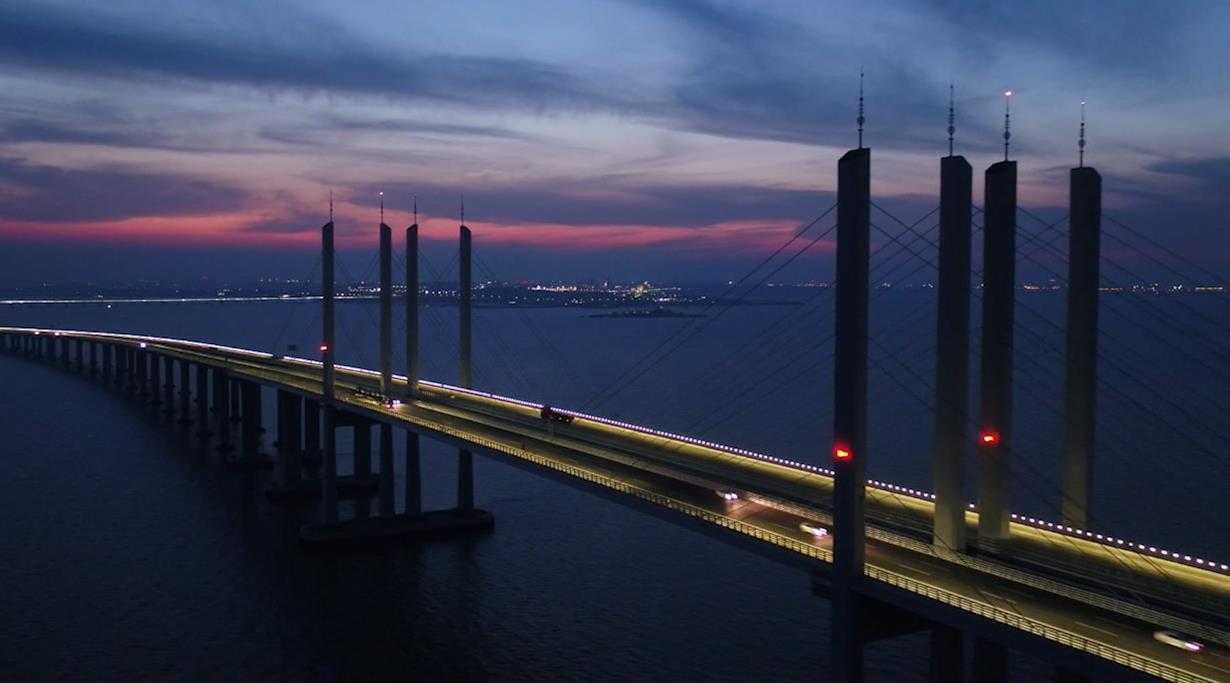 山东之最|77秒瞰世界最长跨海大桥 为超级工程点赞