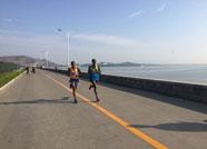 2017潍坊(峡山)国际乡野马拉松赛鸣枪开赛