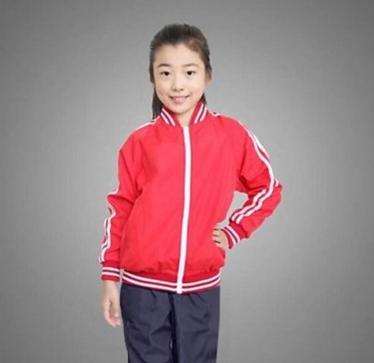 穿新校服啦!章丘每年出资1300万为中小学生免费配发校服