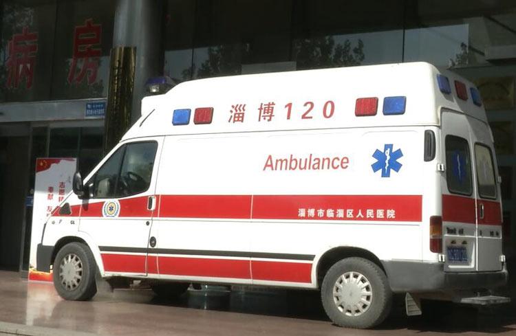 48秒丨临淄42岁产妇生双胞胎大出血 抢救2小时脱离危险
