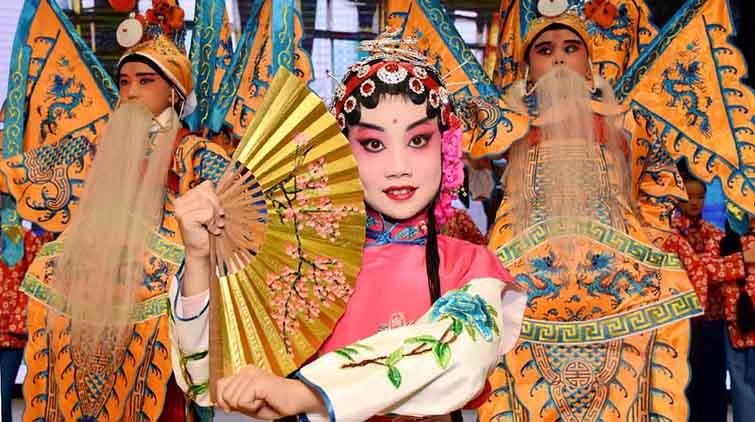 非遗大展演,济南小萌娃演绎铁梅、红娘等京剧传奇人物
