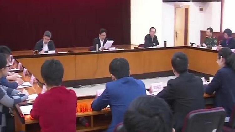 山东各界青年召开座谈会 学习党的十九大精神