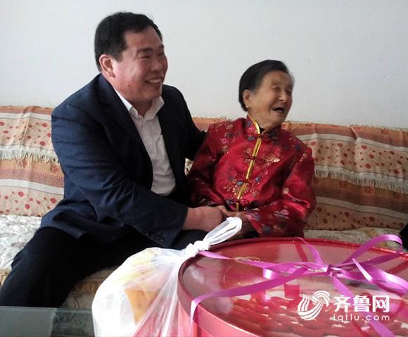 新闻特写丨禹城村支书高德元和他的三本日记