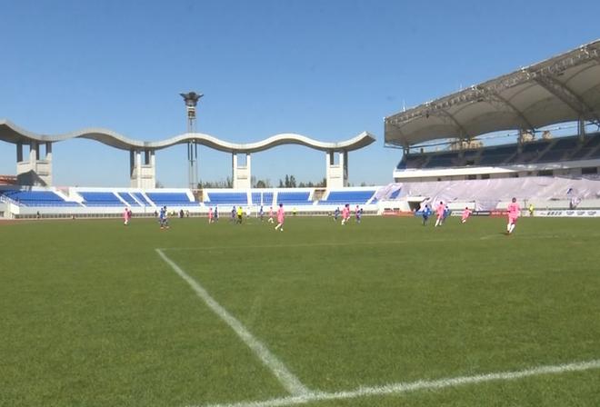 中国城市足球锦标赛决赛滕州开战 北京世纪鼎泰队夺冠
