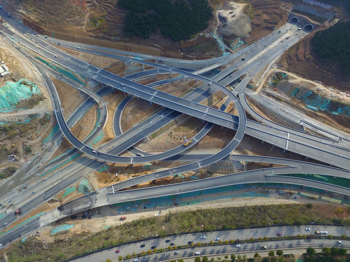 74秒丨航拍济南最大立交桥:搬倒井互通立交即将竣工投用