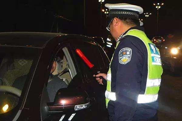济宁一司机酒后驾驶被查处 时隔一月不承认辩称自己当时吃荔枝