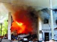 济南长清一小区发生燃气爆燃事故 致两人受伤