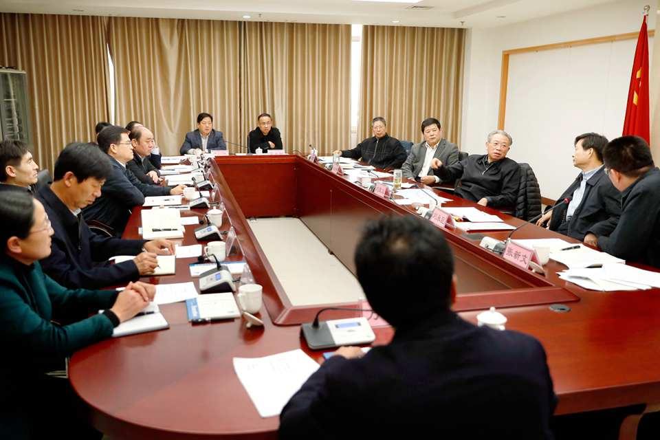 刘家义到单县就基层党组织建设精准扶贫等工作进行调研