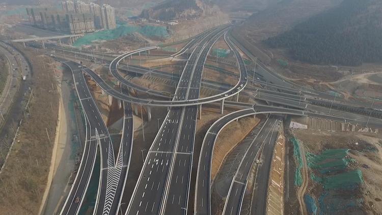 54秒丨济南二环东南延长线年底通车,航拍带你先睹为快!